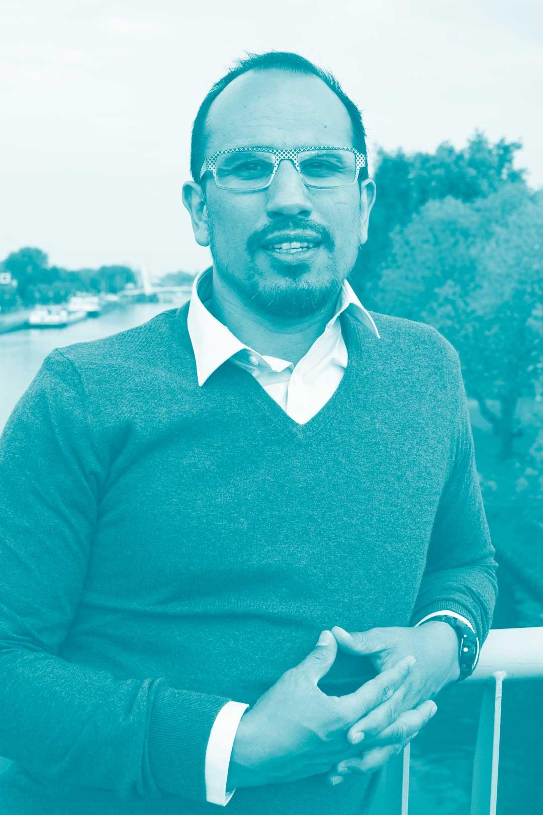 Jan-Daan Westhof is Grafisch Ontwerper & Pedagoog en gespecialiseerd in Design en Educatie